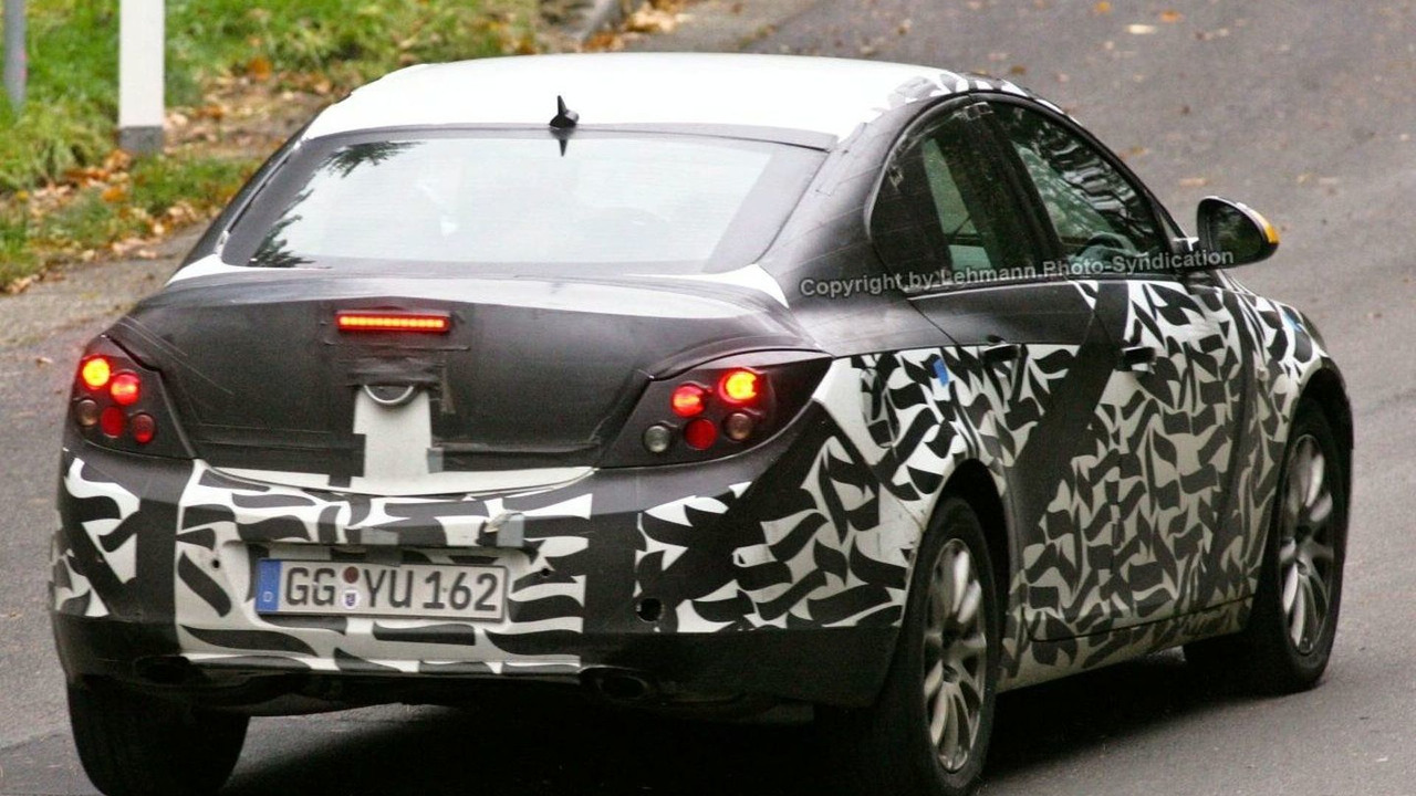 4th generation Opel Vectra spy photos
