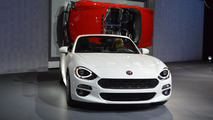 2017 Fiat 124 Spider is a Mazda MX-5 with Italian flair