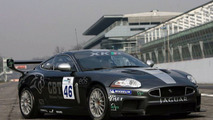 Andy Wallace Test Drives New Jaguar XKR GT3