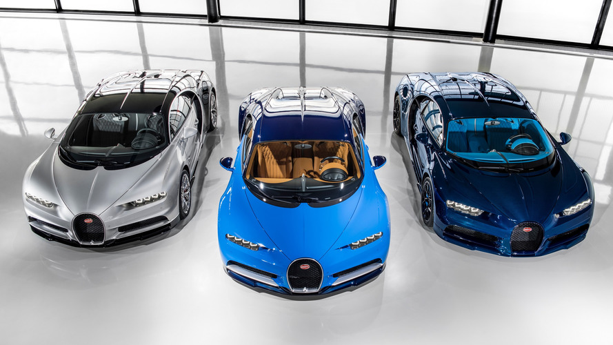Bugatti Chiron deliveries officially begin, first family portrait