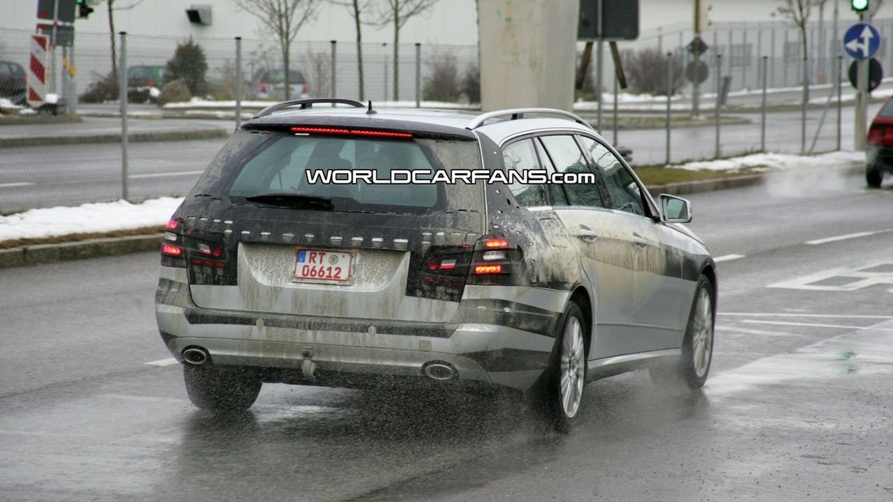 2010 Mercedes E-Class wagon spy photos