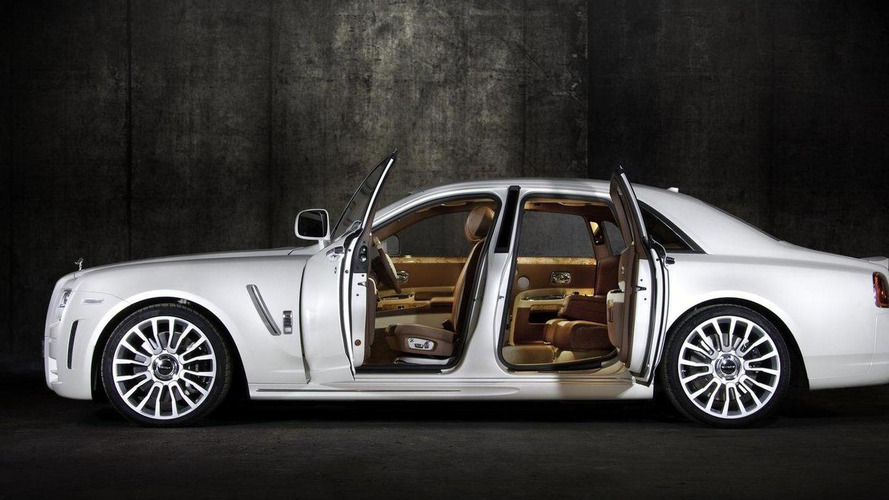 Mansory White Ghost Limited revealed