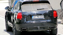Smaller Porsche Cayenne Spied for First Time