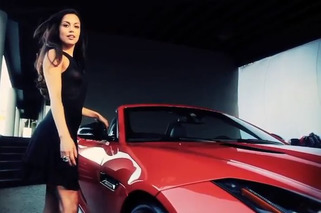 Playmate of the Year Raquel Pomplun Gets a Jaguar F-Type [w/ video]
