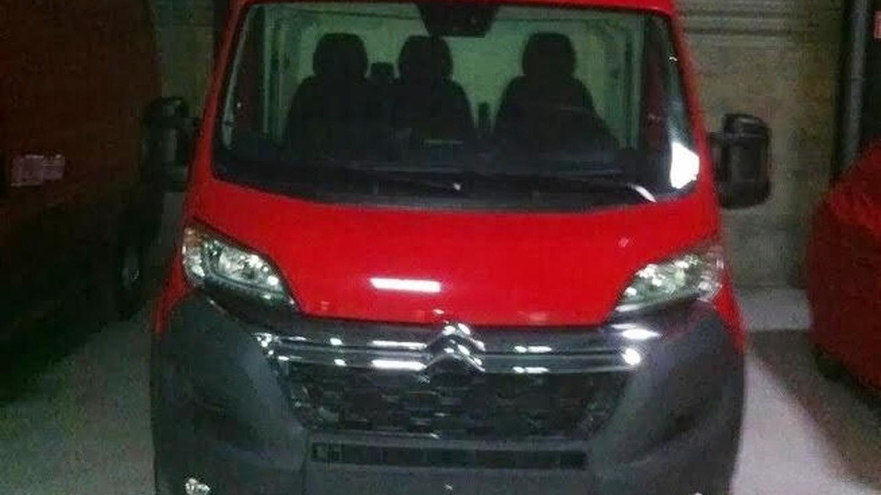 2014 Citroen Jumper facelift spy photo