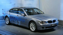 BMW sources say hydrogen production car is due by 2020