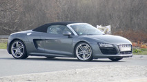 2013 Audi R8 Spyder facelift spied undisguised