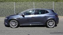 2018 Renault Megane RS spy photo