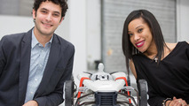 "Students Cherica Haye und Nir Siegel from the Royal College of Art in London with their ""Suit"" concept 26.11.2012"