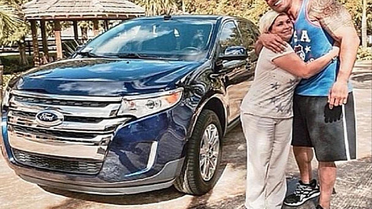 The Rock, Esperanza and the new Ford Edge