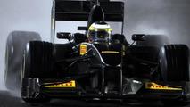Pirelli considers buying new F1 test car