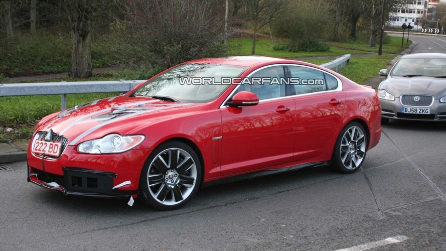 Jaguar XF-R Spied in Red