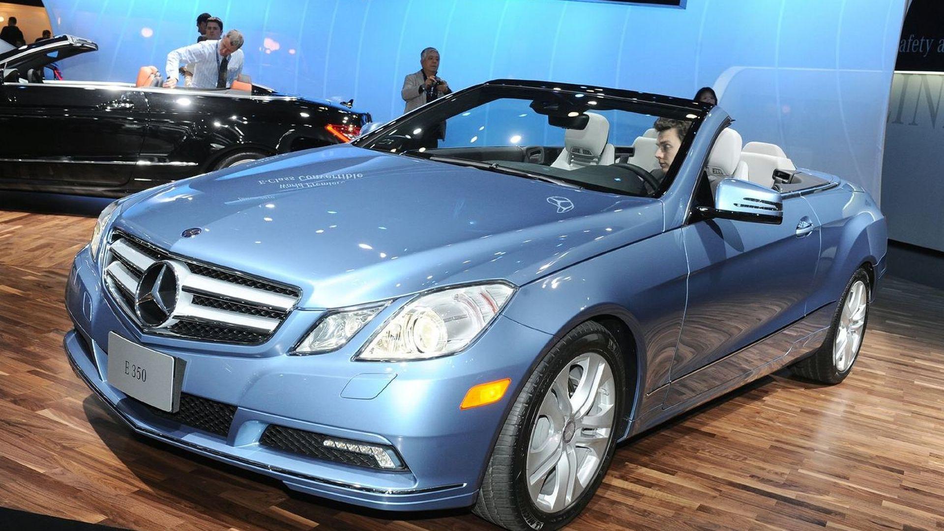 2010 mercedes benz e class cabriolet world debut in detroit. Black Bedroom Furniture Sets. Home Design Ideas