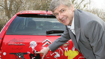 Citroën C4 Arsenal Fans Car & Arsene Wenger