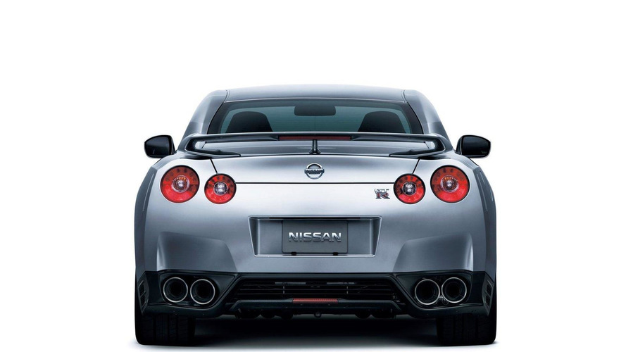 2012 Nissan GT-R gets more power and a new SpecR version