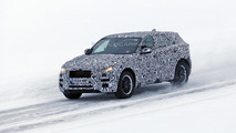 2016 Jaguar F-Pace returns in new spy photos