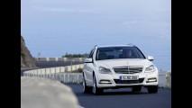Galeria de Fotos: Mercedes Classe C 2012 nas versões Sedan e Estate