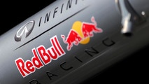 Renault accuses Red Bull of 'lying'
