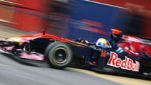 Toro Rosso tests STR5 at Imola