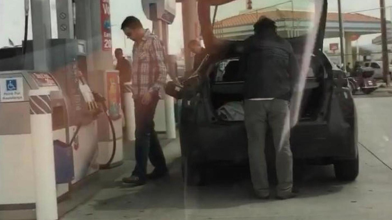 2015 Toyota Prius spied (video screenshot)