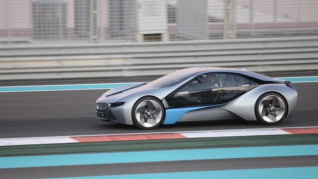 BMW i8 / Vision EfficientDynamics spied in Abu Dhabi