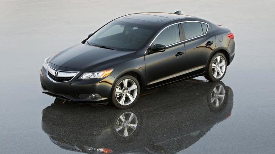 2013 Acura ILX Sedan revealed in production form