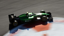Caterham hits back at Kobayashi claims