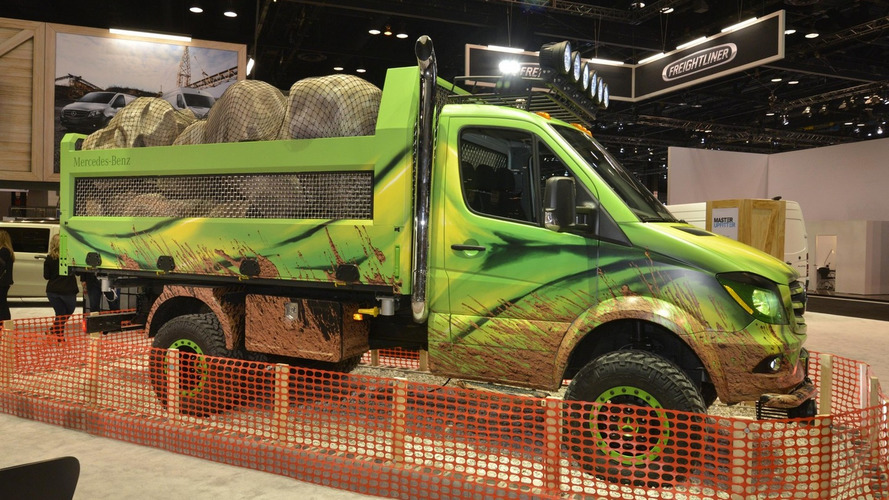 Mercedes Sprinter Extreme Concept shows wild side in Chicago