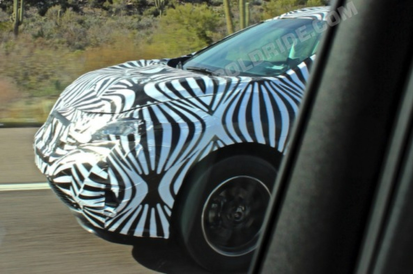 Spotted: Future Chevy CUV Testing in AZ?