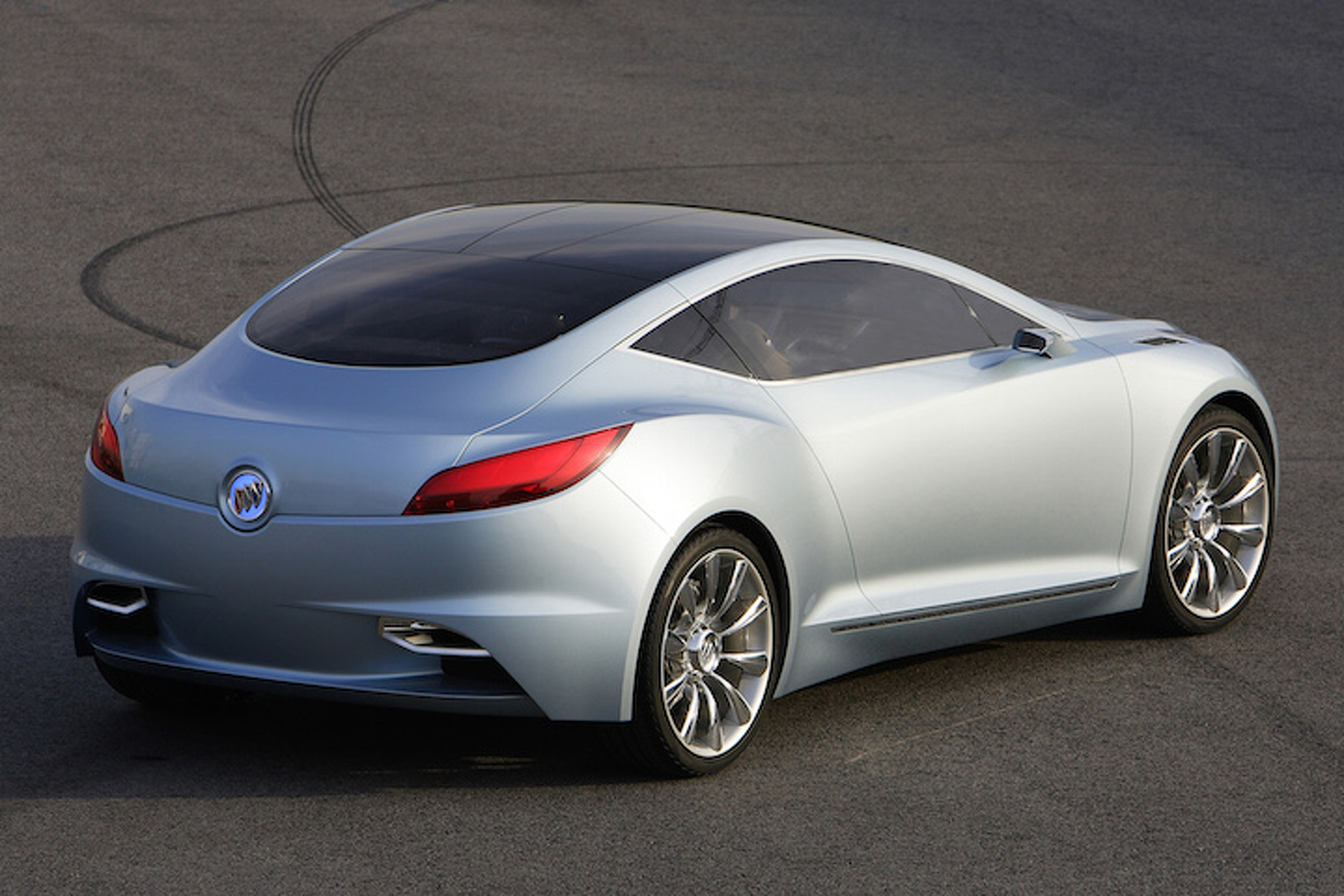 New Buick Sports Car Concept Aims to Attract Younger Buyers