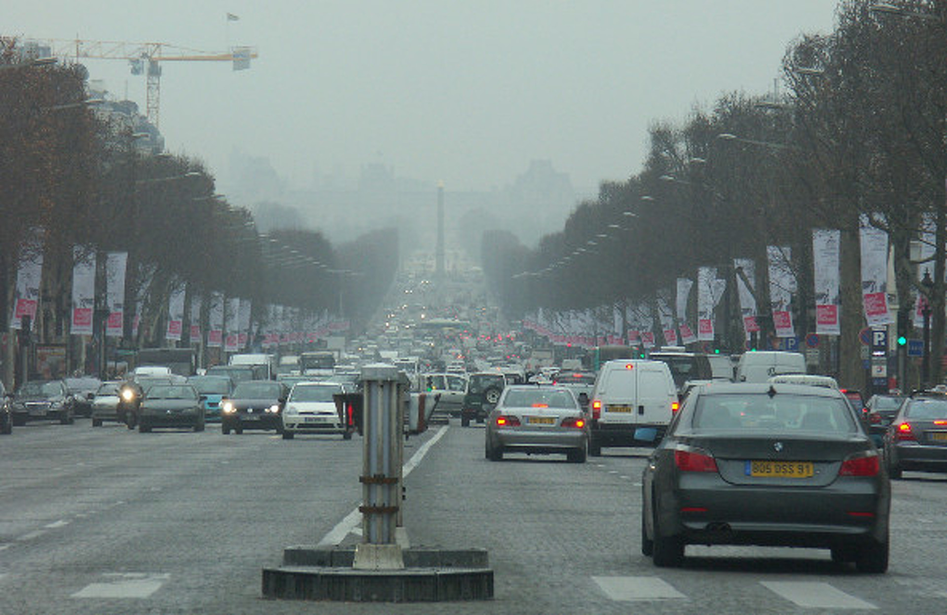 Beijing Smog so Bad, Half Its Cars are Banned From Roads