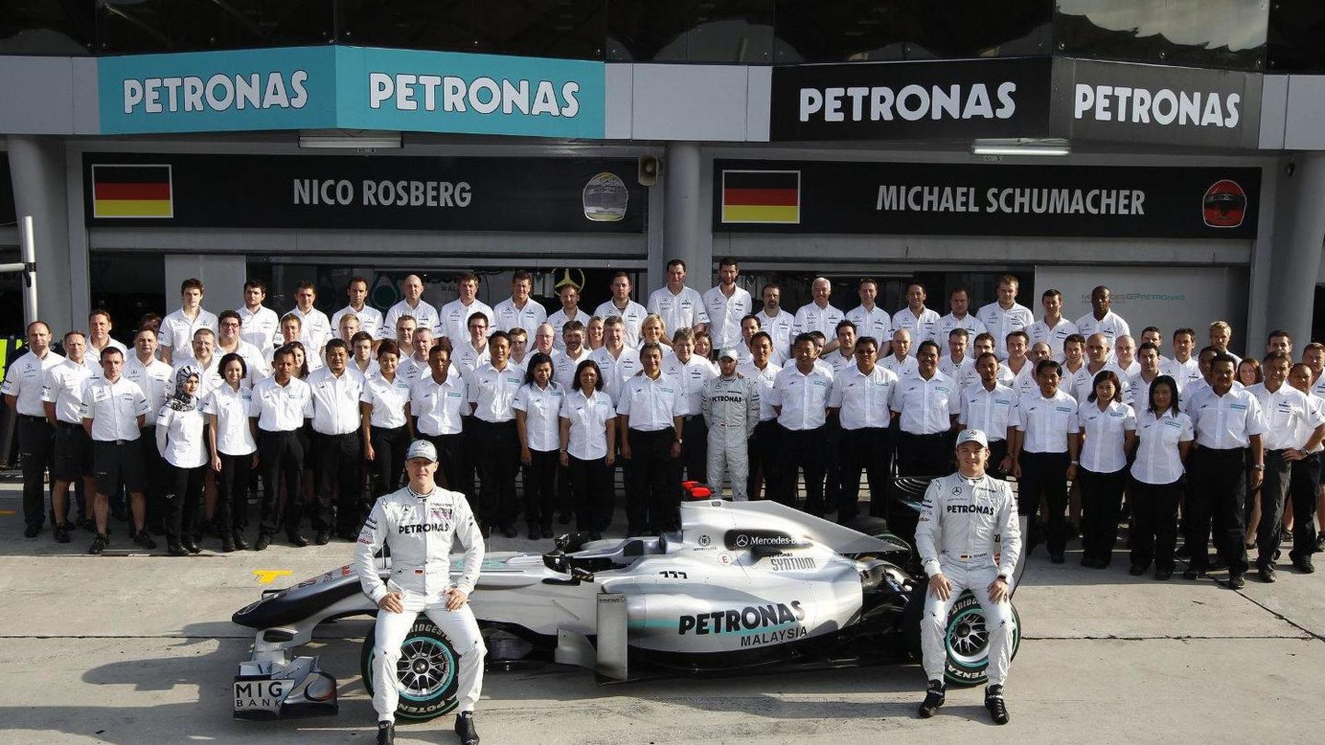 No Mercedes engineers leaving team - Brawn