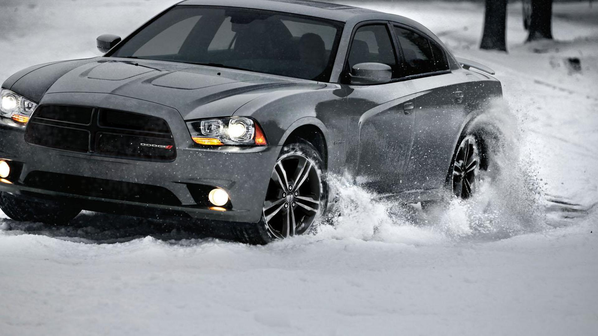 2013 Dodge Charger AWD Sport announced