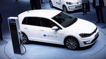 Volkswagen e-up! and e-Golf electrify Frankfurt Motor Show