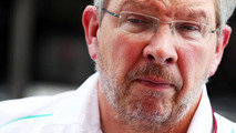 Brawn issues clear Mercedes quit threat