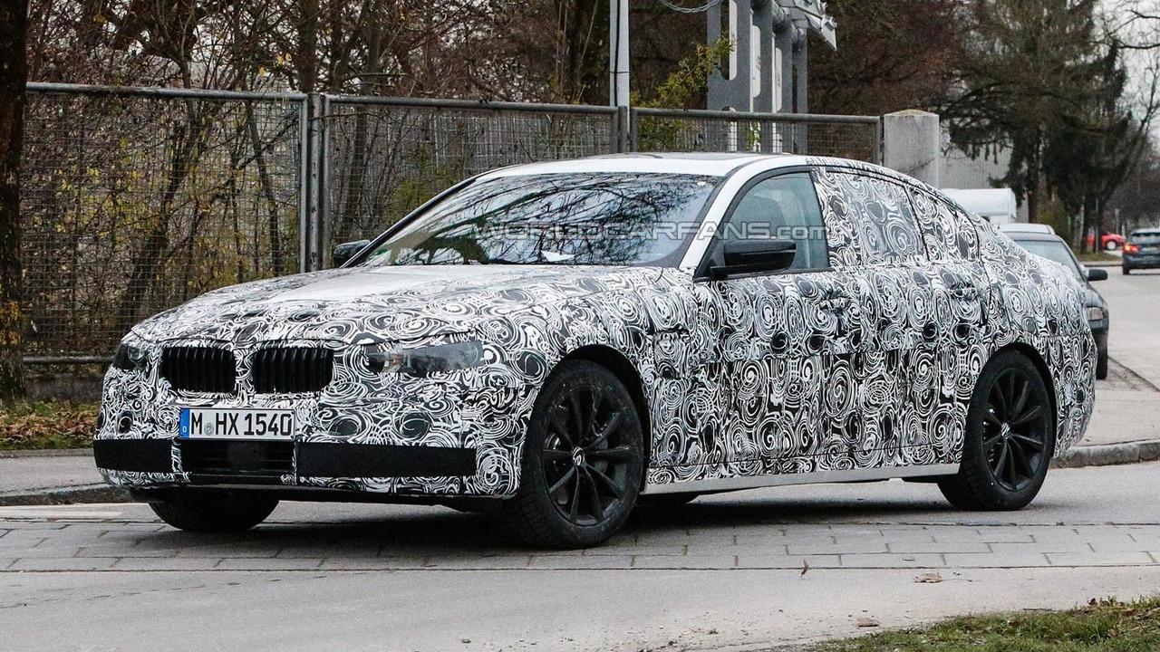 2016 BMW 5-Series spy photo