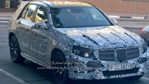 Next generation Mercedes-Benz GLK spied in Dubai