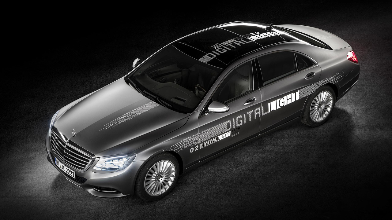 Mercedes-Benz Digital Light Headlights
