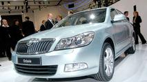 Skoda Octavia Facelift Graces the Paris Stage