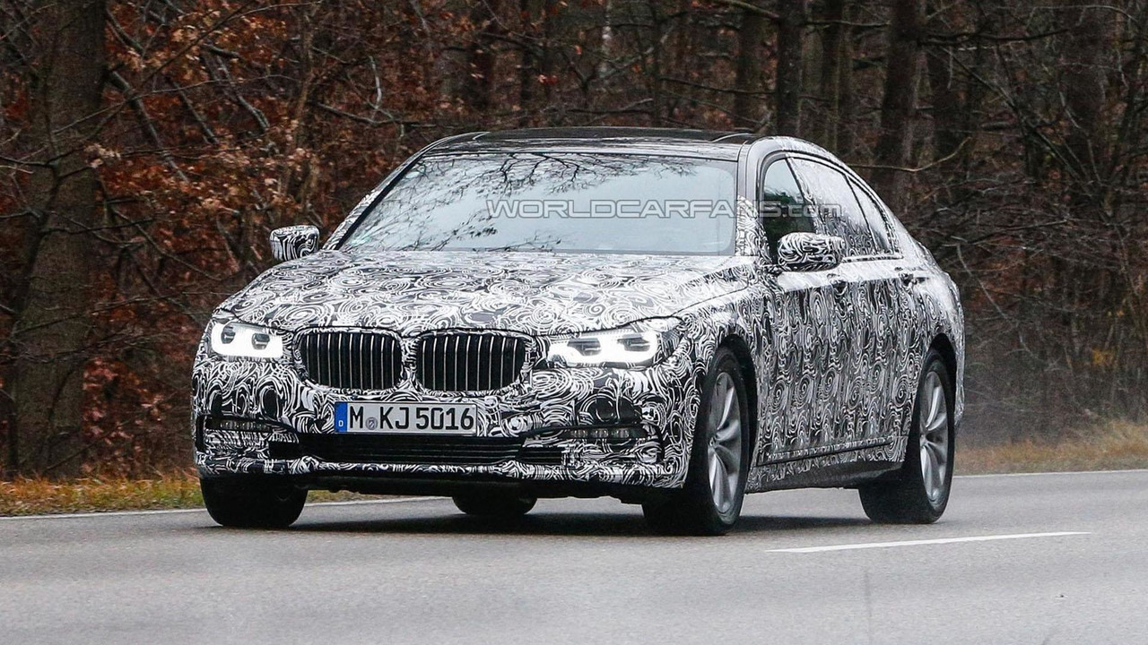 2016 BMW BMW 7-Series spy photo