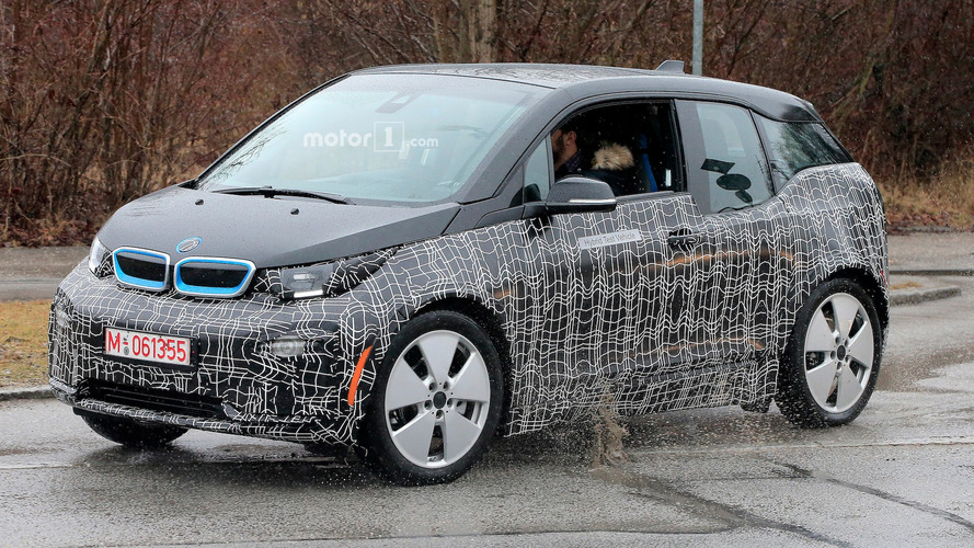 Facelifted BMW i3 shows up in first spy shots