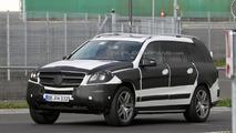 2012 Mercedes GL-Class spy photo - 26.10.2011