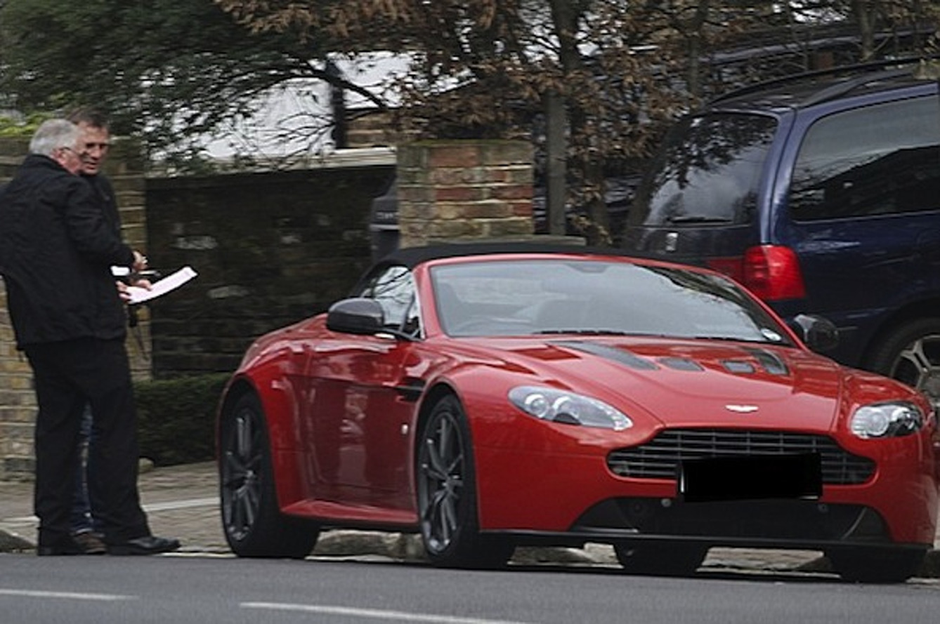 Daniel Craig Picks Up Aston Martin V12 Vantage B-Day Present