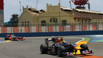 McLaren looks to keep up with Red Bull in Britain