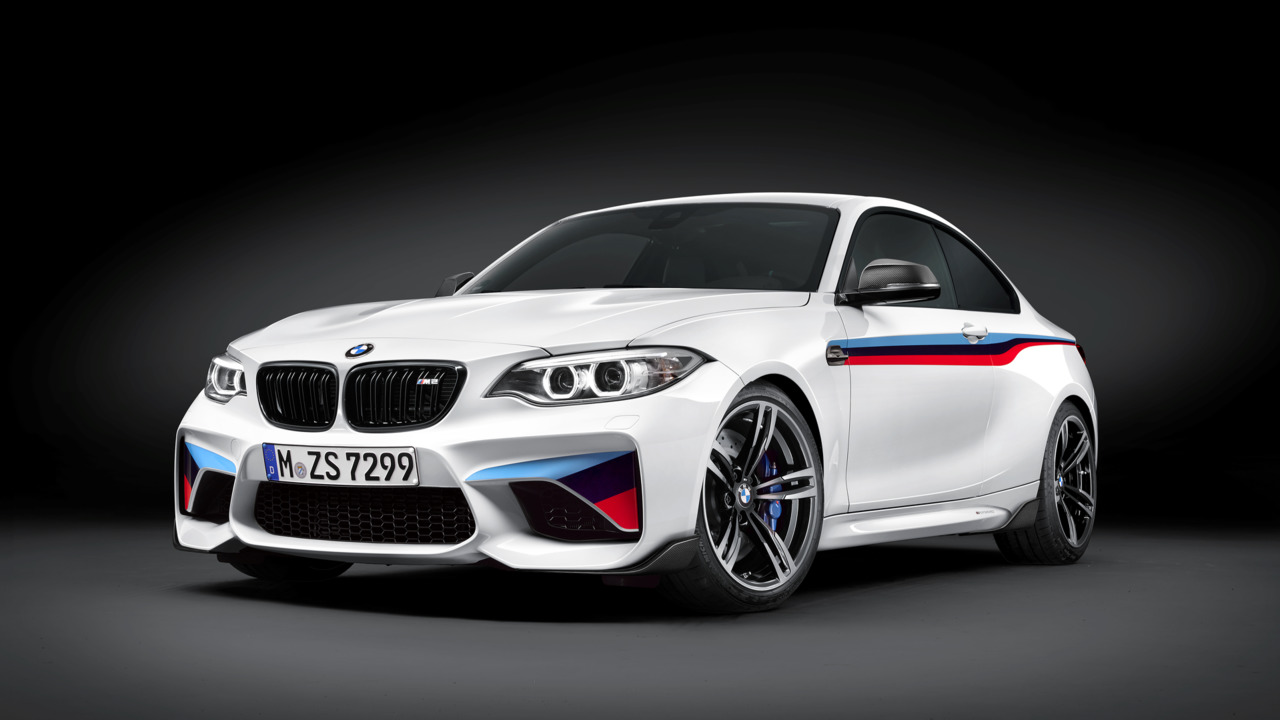 BMW M-car delivery stop