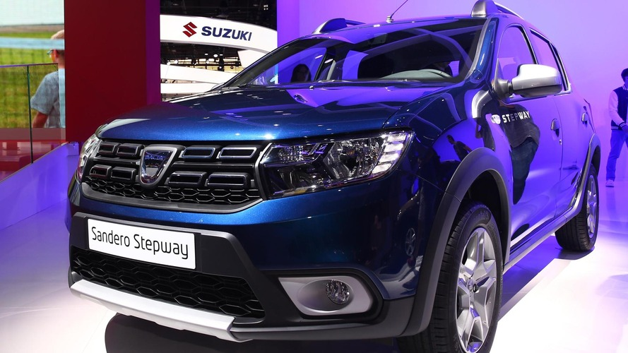Dacia Sandero, Logan MCV facelifts at 2016 Paris Motor Show