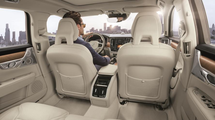 VIDÉO - Volvo CleanZone : halte aux polluants et allergènes !