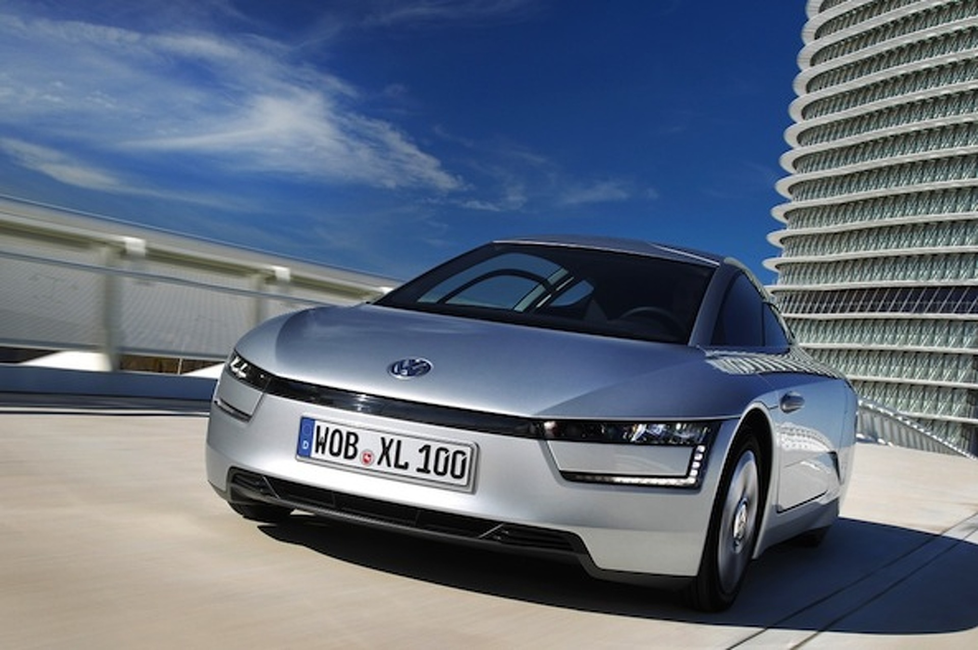 120 MPG and Room for Two: VW's XL1 Hitting the Streets in 2013