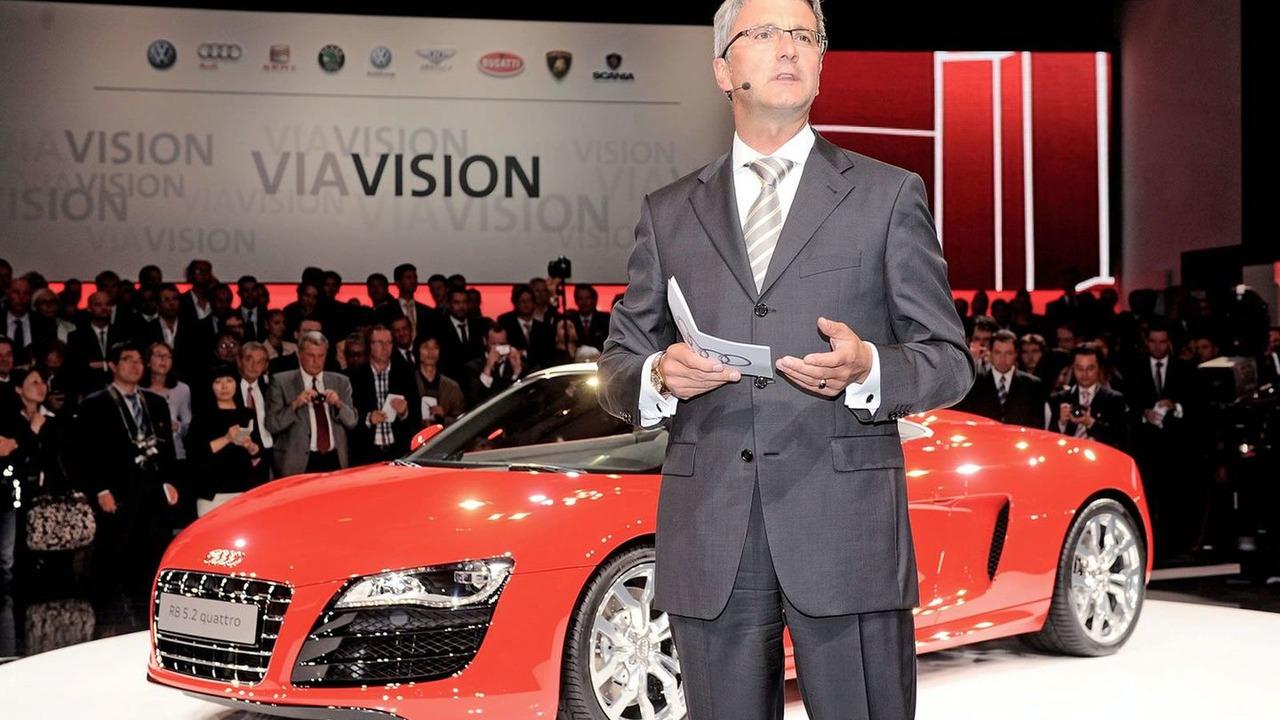 Audi CEO Rupert Stadler unveils the 2010 Audi R8 Spyder at the 2009 Frankfurt Motor Show