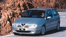 Alfa Romeo 145 (1999)
